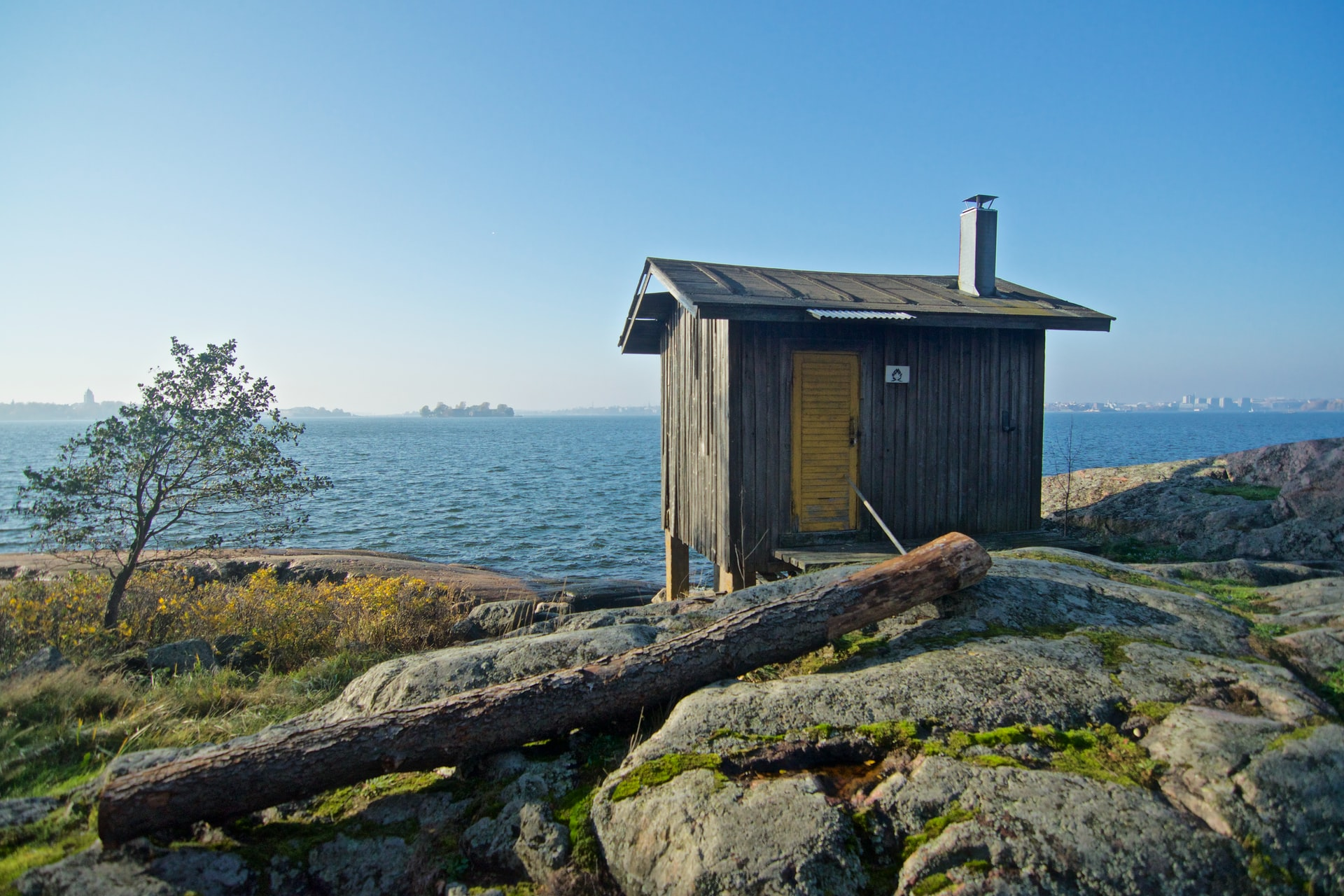 hut op hei aan kust
